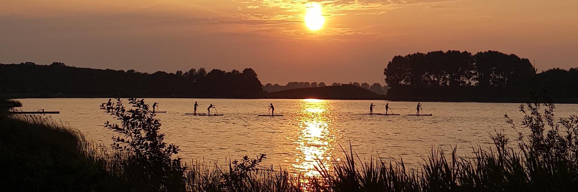 SUP-les-Alkmaar-Geestmerambacht-sunset